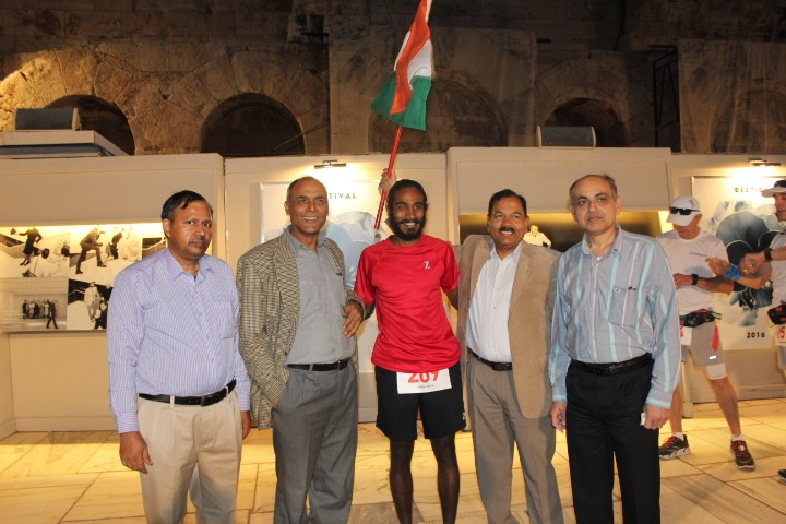With officials of the Indian Embassy in Greece pHOTO © Kieren D'Souza