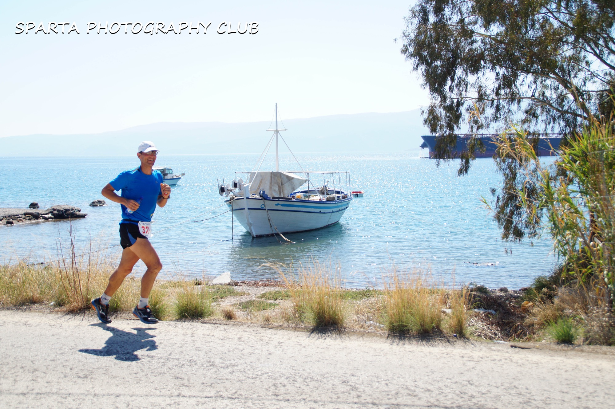We ran along the beautiful coast, I wanted to dive in for a swim. Photo © Sparta Photography Club