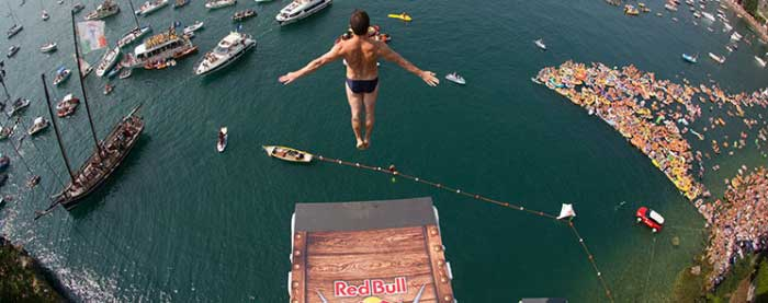 Cliff diving crowns a new lord cliff diving world series 2013 - Highest cliff dive ever ...