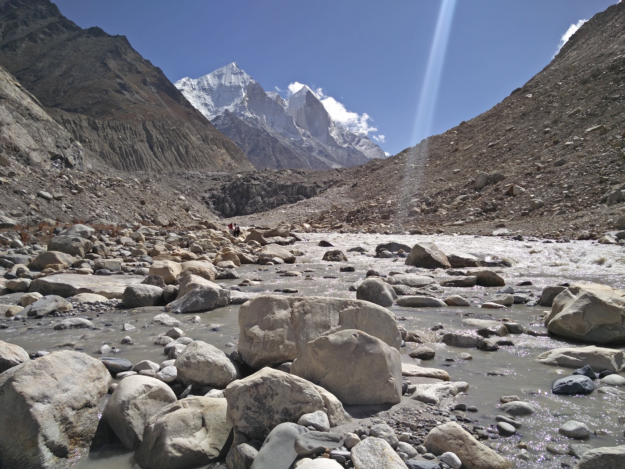 The team kicks off their sea expedition at Gaumukh where they can see the Himalayas. Photo © Shilpika Gautam