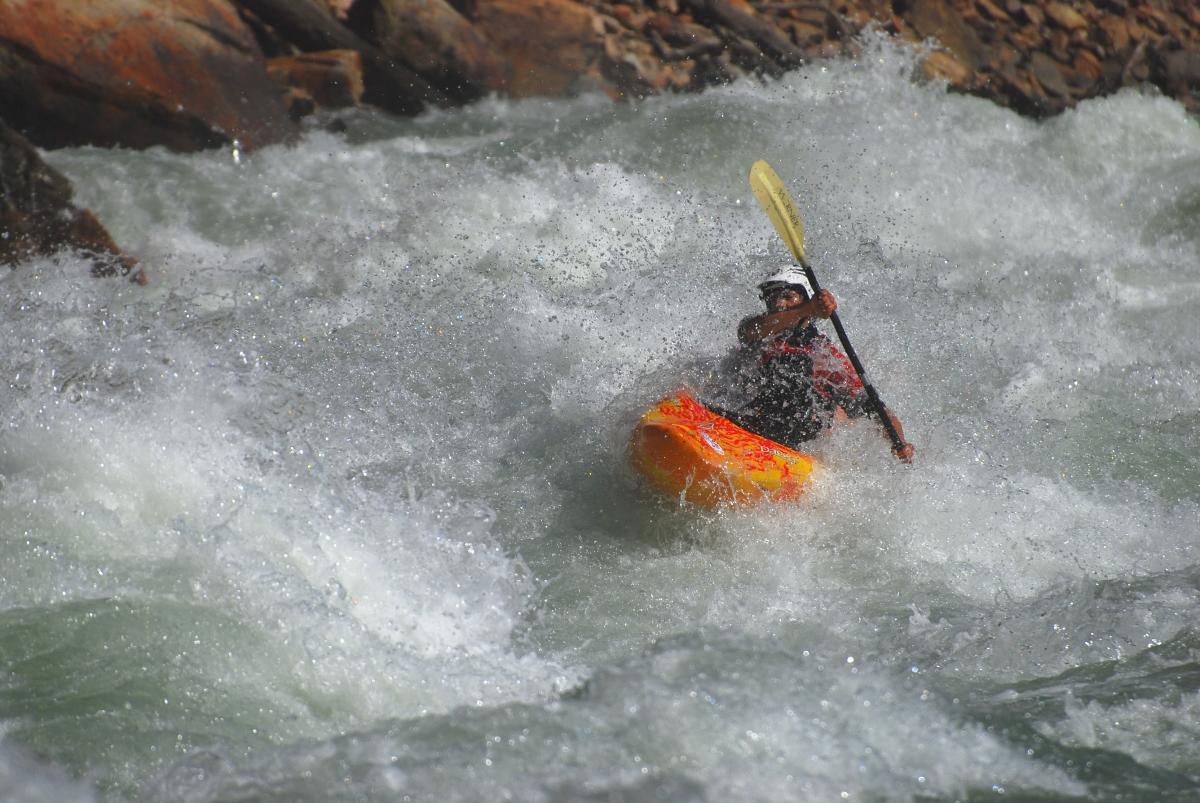 Whitewater kayaking wallpaper