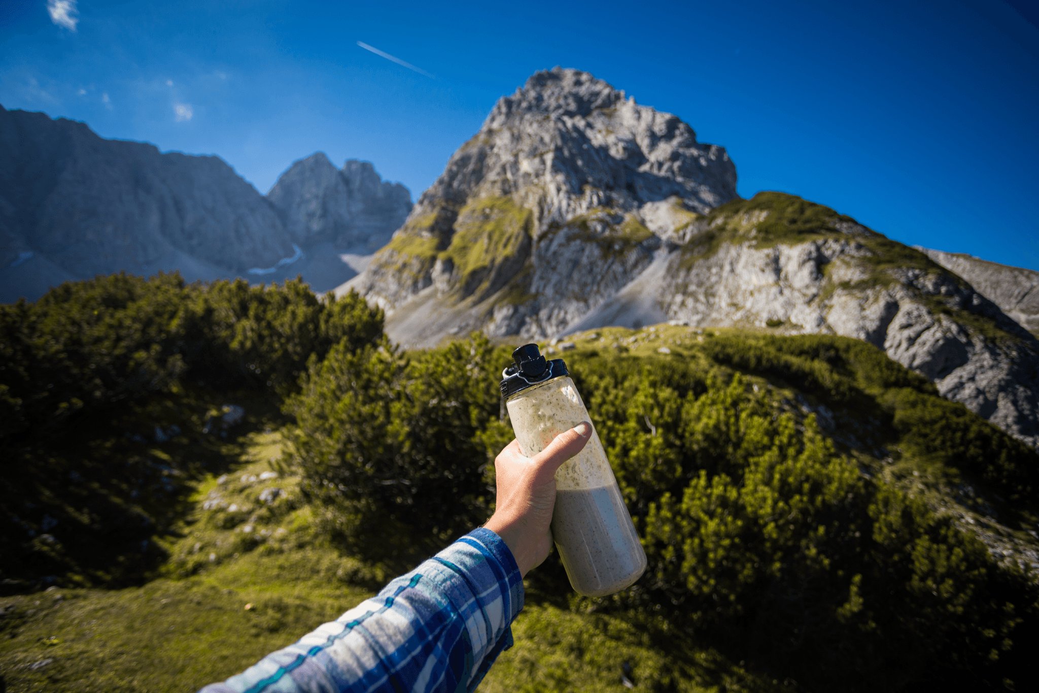 Using Nutberg during a hike. Photo Courtesy Tomas Sedlma