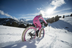 You might as well look good doing it! Photo © Snow Bike Festival, GSTAAD